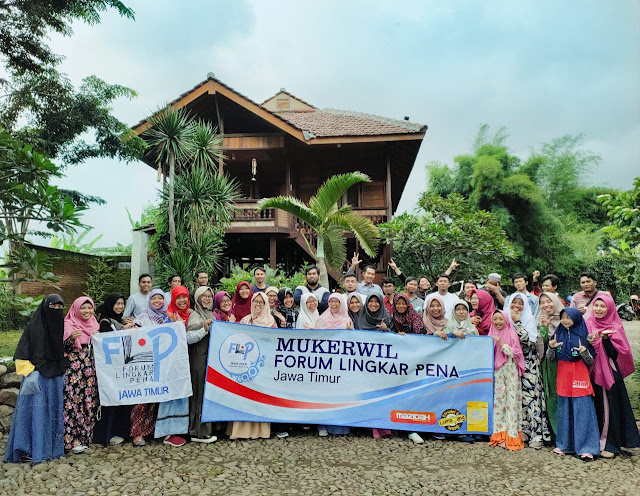 MUKERWIL I FLP Jawa Timur Kabinet Ukhuwah di villa sunrise Malang