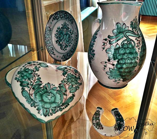 zielona tradycyjna slowacka ludowa majolika wystawa
