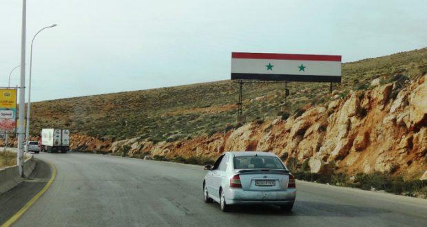 السائقون السوريون السلطات اللبنانية تبتكر مخالفات جديدة وغرامات باهظة لمنعنا دخول أراضيها