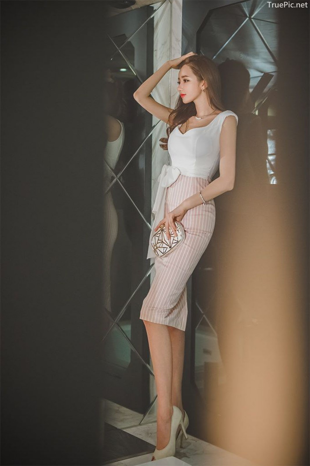 Lee Yeon Jeong - Indoor Photoshoot Collection - Korean fashion model - Part 1 - Picture 2