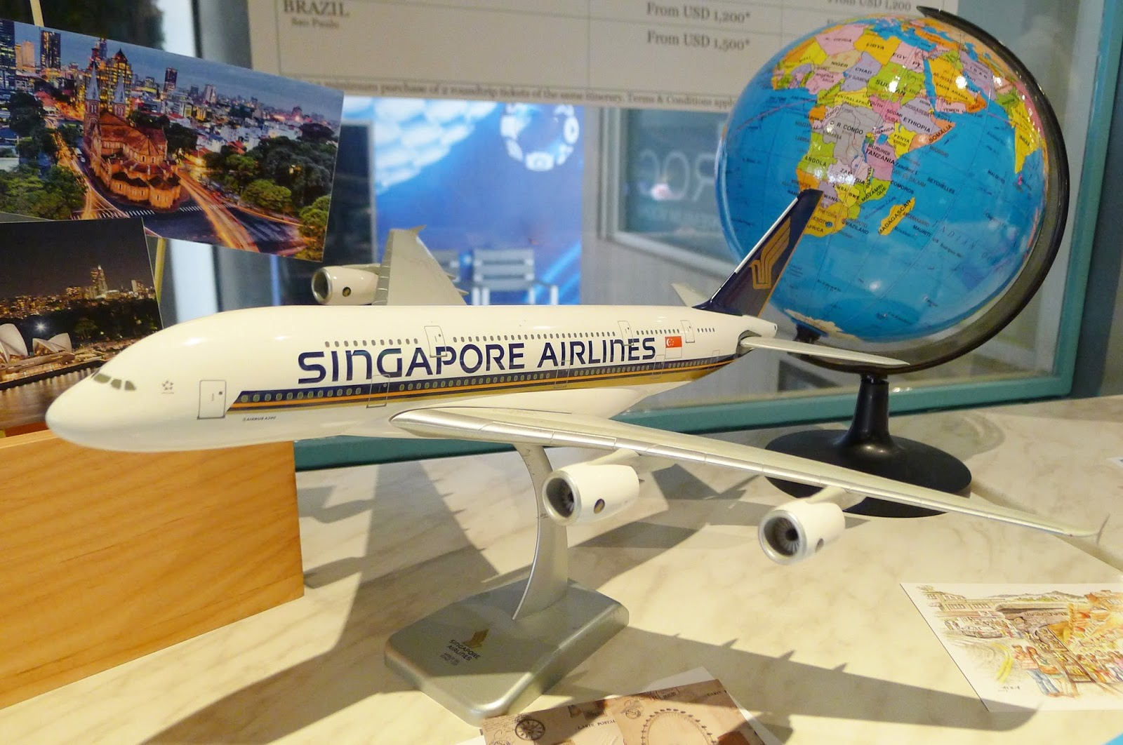 competitiveness of singapore airlines Singapore airlines' strategy singapore airlines is positioned as a premium carrier with high levels of innovation and excellent levels of service, and has made a strategic choice of giving priority to profitability over size.