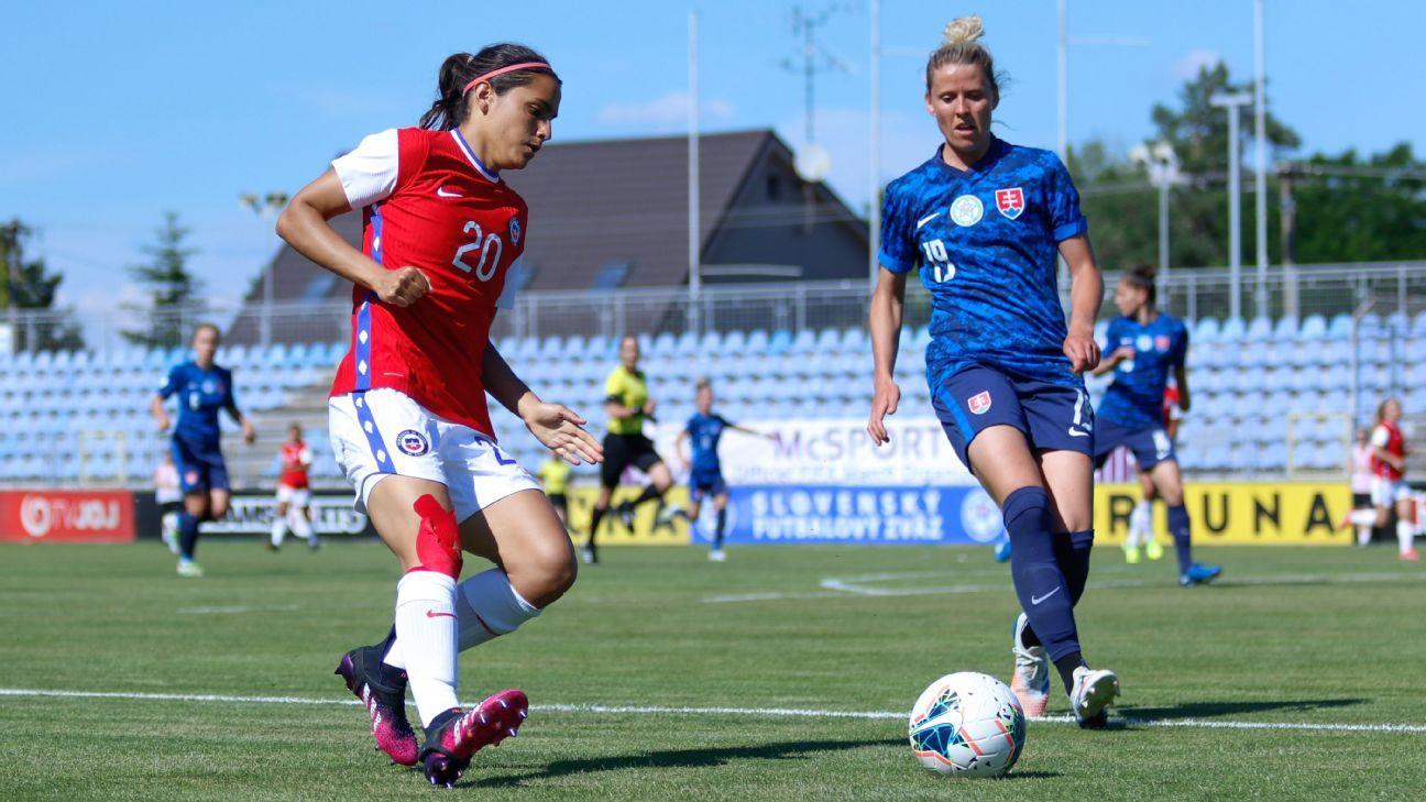 Eslovaquia y Chile en partido amistoso femenino, 10 de junio de 2021