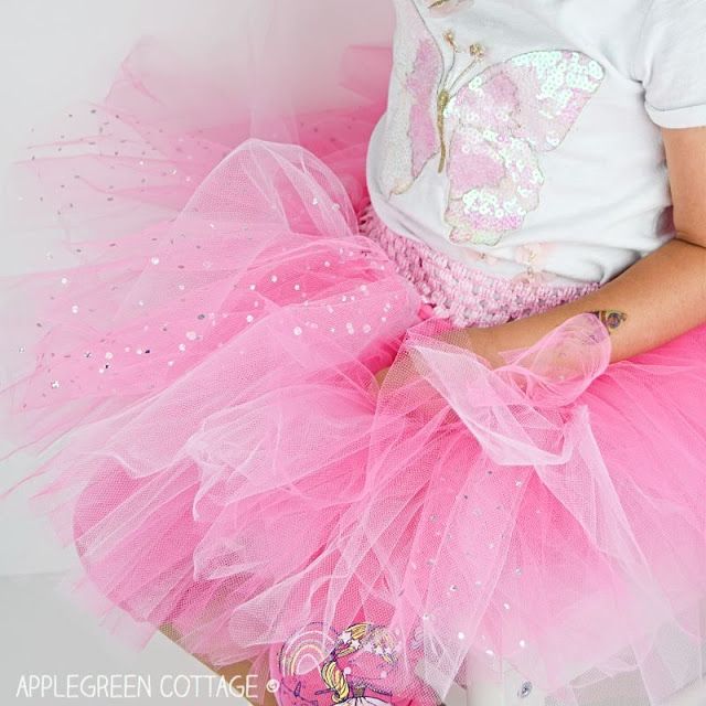 Learn how to make a no-sew tutu skirt. Tutorial by AppleGreen Cottage