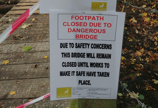 Footpath closure image by Hertfordshire Walker