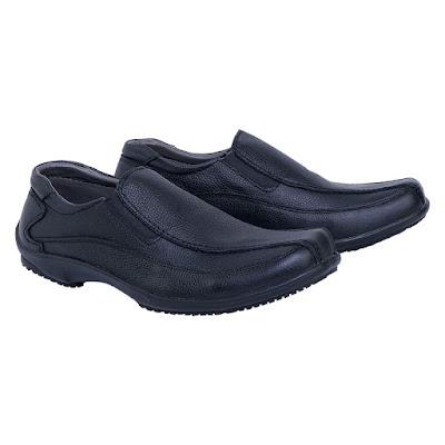 Sepatu Kulit Pria Catenzo TH 124