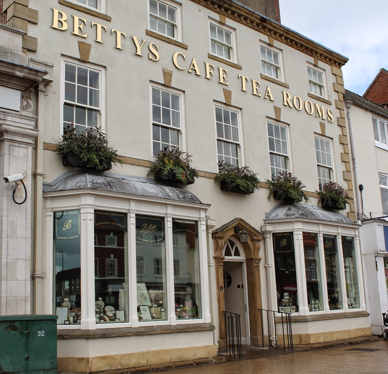 Betty's Cafe Tea Rooms Northallerton Review - North East - Afternoon Tea