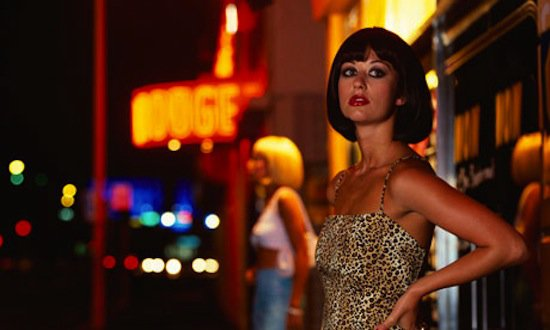 los ecologistas alemanes quieren que el estado pague prostitutas a los necesitados prostitutas torre