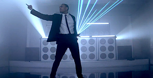 chris brown turn up the music - photo #12