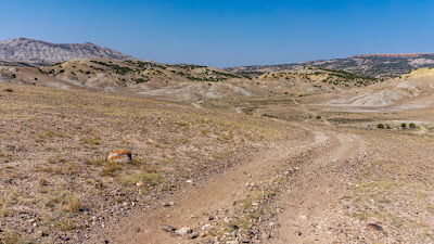 Wyoming Boondocking - Day 26: T-Dubing around the Haystack Buttes