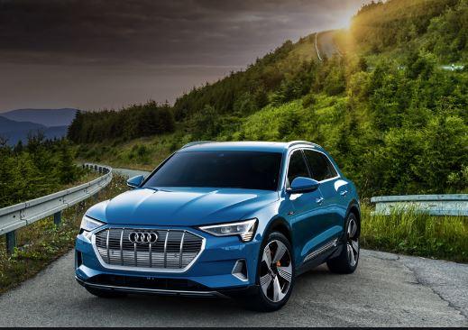 Audi E-tron 2020 Front View