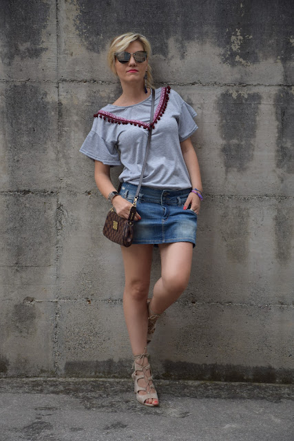 pompom t-shirt how to wear pompom t-shirt pompom t-shirt outfit mariafelicia magno fashion blogger color block by felym fashion bloggers italy italian fashion bloggers july outfits summer outfits