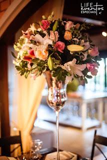 cerimonial de casamento realizado no recanto das hortensias em cachoeirinha rs com cerimônia ao ar livre e recepção no salão principal