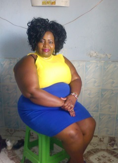[BangHitz] Nunu is overrated! See a 38 yr old Kenyan single mother of two selling her NUNU online for Ksh 10,000 an hour.