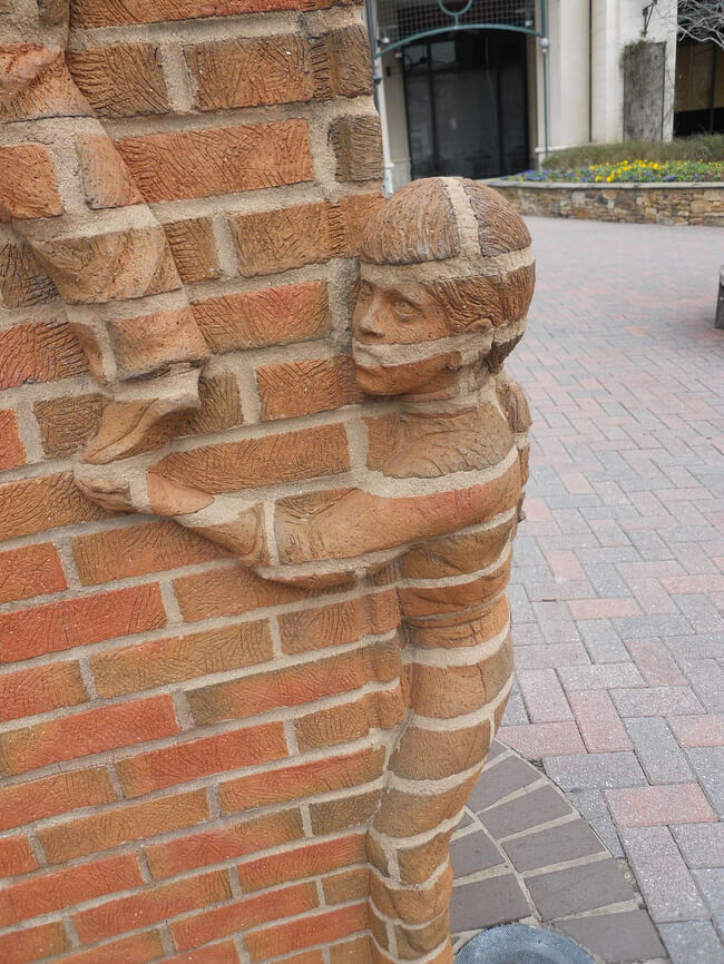 The Rarest Things We Have Ever Seen Captured In 17 Mind-Blowing Pictures - Life is an Open Book, a sculpture by Brad Spencer in Downtown Charlotte, NC.