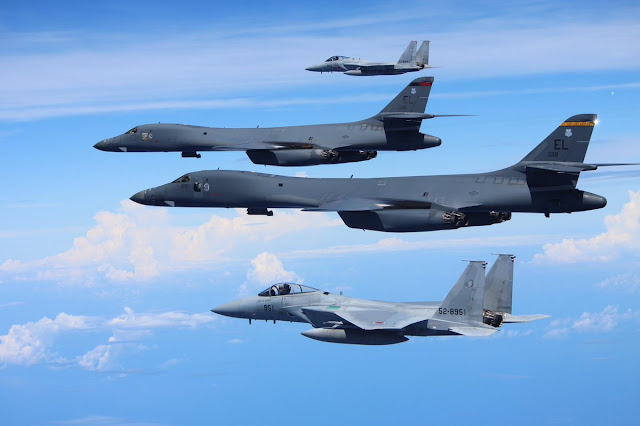 U.S. Forces Japan: - Page 2 JASDF%2BF-15s%2Bwith%2BUSAF%2BB-1s%2B%2B2