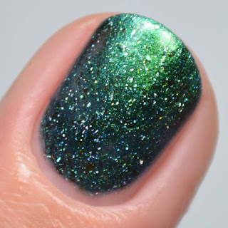 green multichrome nail polish