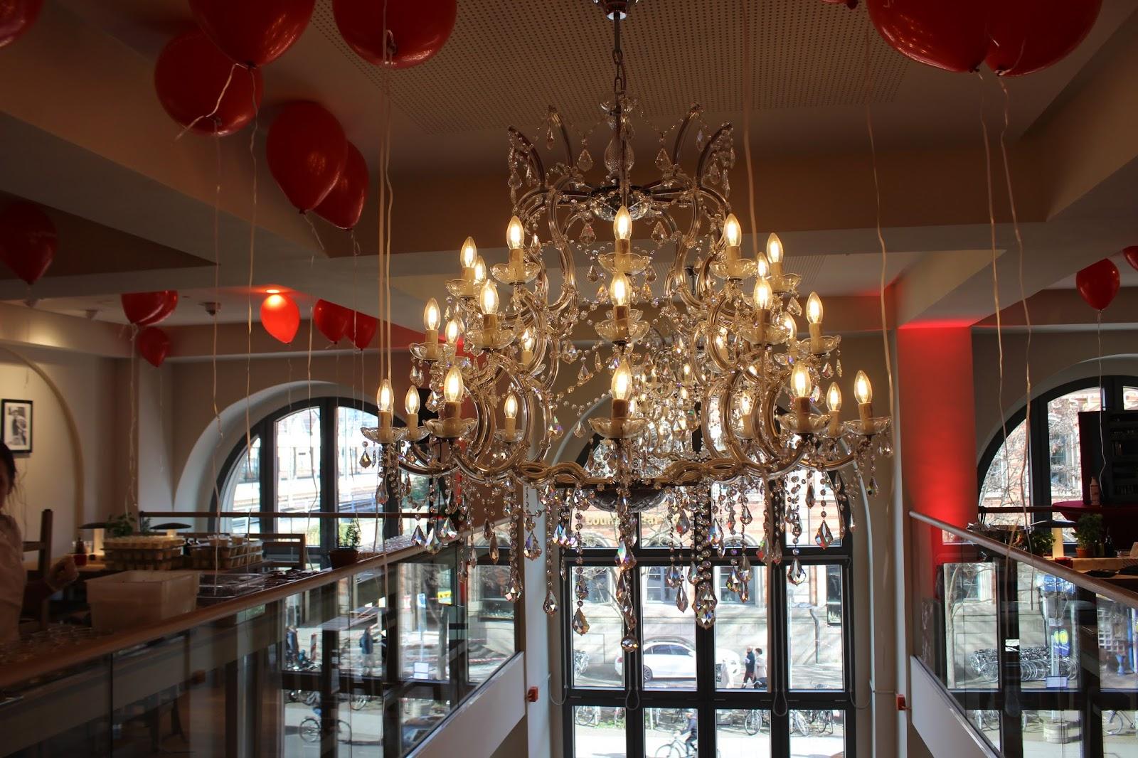 foodqueen vapiano opening hannover hauptbahnhof. Black Bedroom Furniture Sets. Home Design Ideas