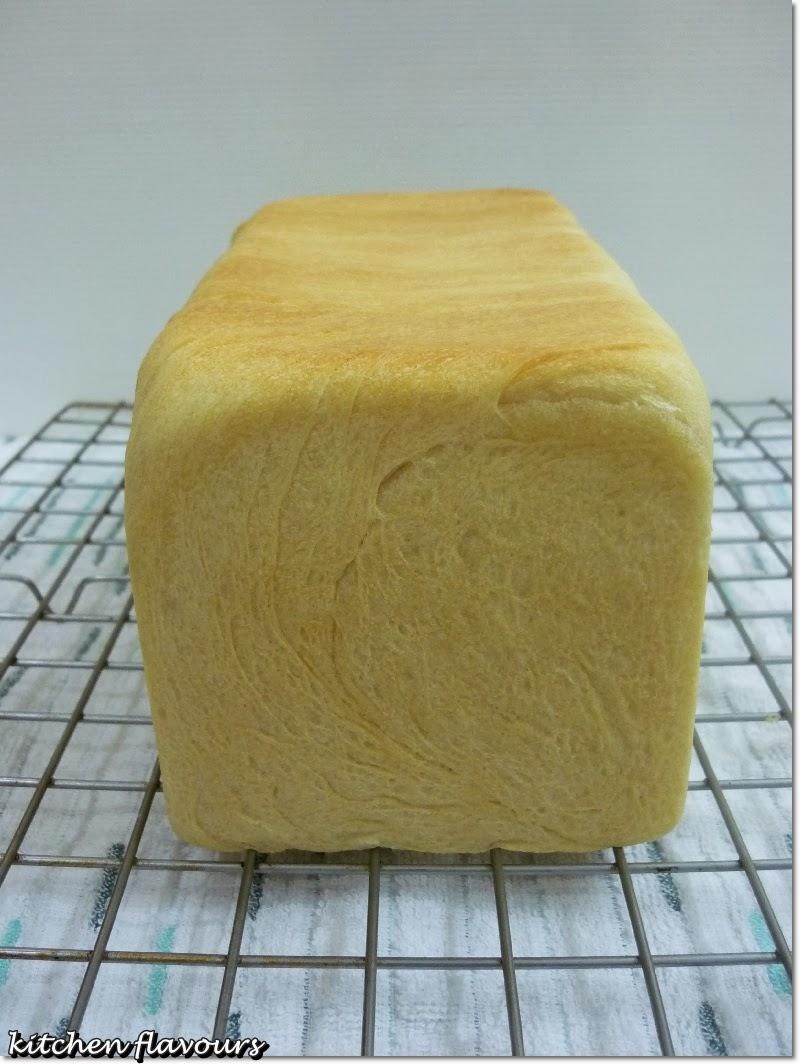 kitchen flavours pain de mie french sandwich bread. Black Bedroom Furniture Sets. Home Design Ideas
