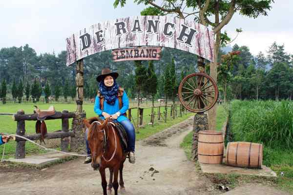 50 Tempat Wisata Di Bandung Yang Wajib Dikunjungi
