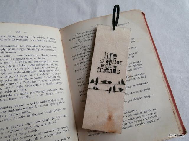 ozdobiona drewniana zakładka do książki
