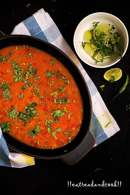 easy and simple bengali recipe and preparation omato Diye Mug er Dal recipe / Bengali Moong Dal with Tomatoes recipe with step by step pictures