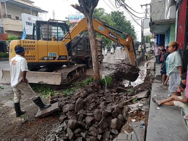 Antisipasi Meluapnya Debit Air Karena Curah Hujan Yang Tinggi Pemkab Buleleng Perbaiki Saluran Air Sepanjang Jalan Ayani
