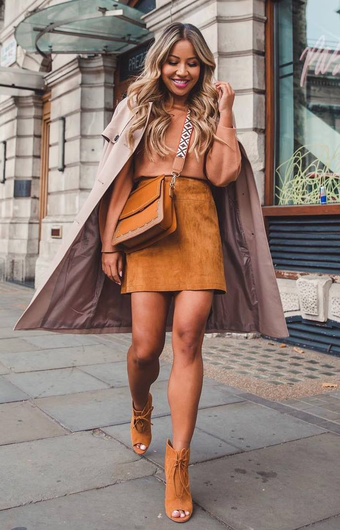 neutral outfit idea to copy this fall