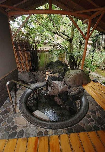 แบบห้องน้ำธรรมชาติกลางแจ้ง