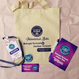 Paket Seminar kit Bandung mulai 13.500. Notes, pulpen, flashdisk, plakat, tas seminar, bimtek, pouch kulit, souvenir. Free ongkir. WA: 0899-7500-382
