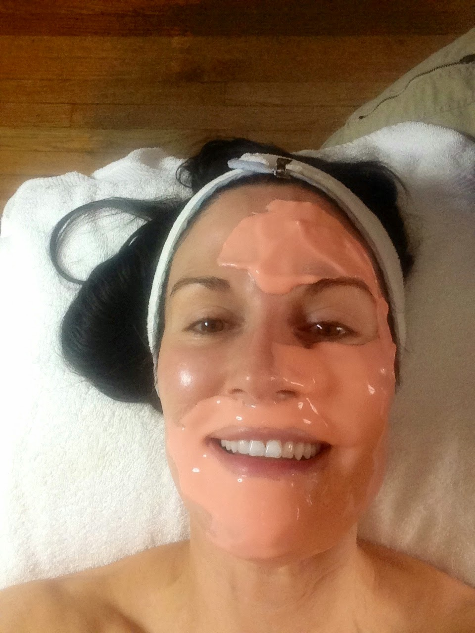 vitamin c mask, vitamin c antioxidant mask, dermaplane facial review