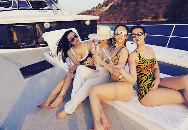 3 chị em Huyền Baby khoe ngoại hình nóng bỏng trên du thuyền