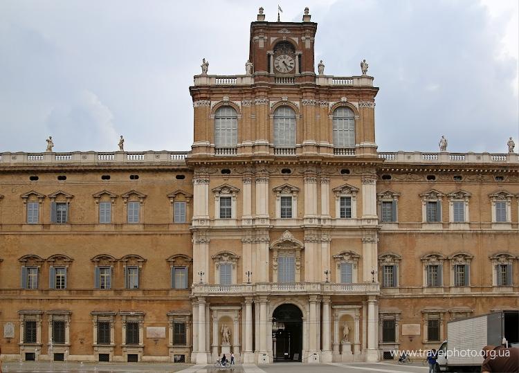 Дворец герцогов Эсте в Модене