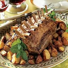 Lamb with reddish potatoes