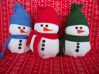 DIY Stuffed Snowmen