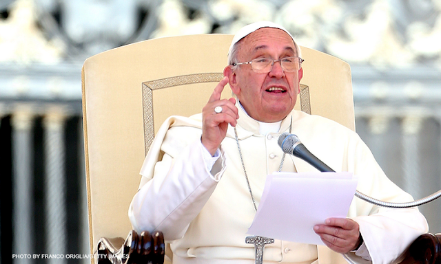 Pope Francis Criticizes Media's Obsession With Scandals. You Won't Believe What He Compares Them To!