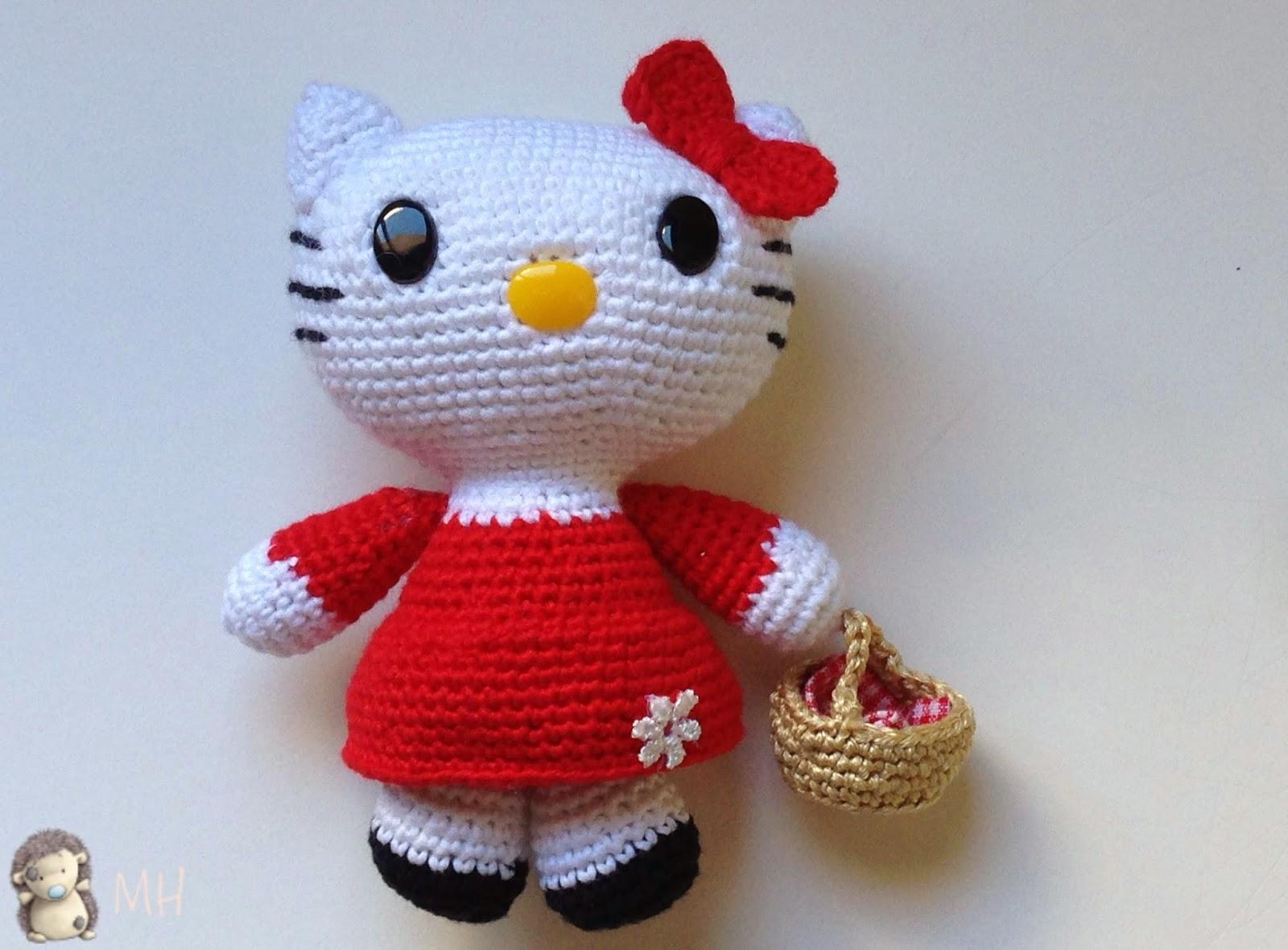 Hello Kitty caperucita roja amigurumi