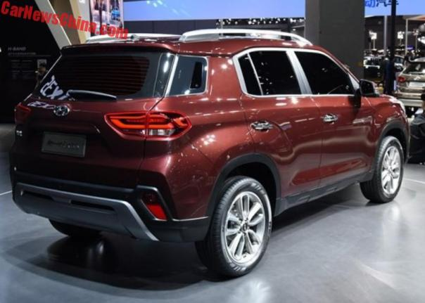 2018 hyundai ix35. unique 2018 the new ix35 has a version of hyundaiu0027s cascading grille as well  more formal and upright appearance than the similarlysized tucson to 2018 hyundai