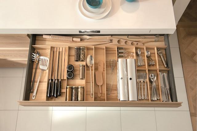cocina-madera-y-blanca