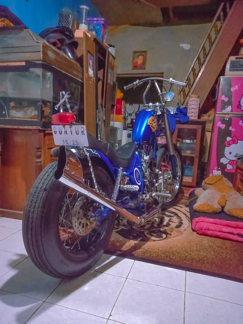 bengkel motor chopper yamaha scorpio