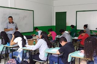 http://vnoticia.com.br/noticia/4197-escolas-municipais-seguem-com-matriculas-abertas-ate-dia-19-em-sfi