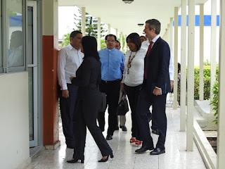 Ejecutivos de Altice Dominicana visitan la UCATEBA