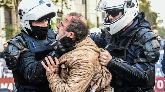 Πολυτεχνείο / Όργιο αστυνομικής βίας και καταστολής – VIDEO & ΦΩΤΟ