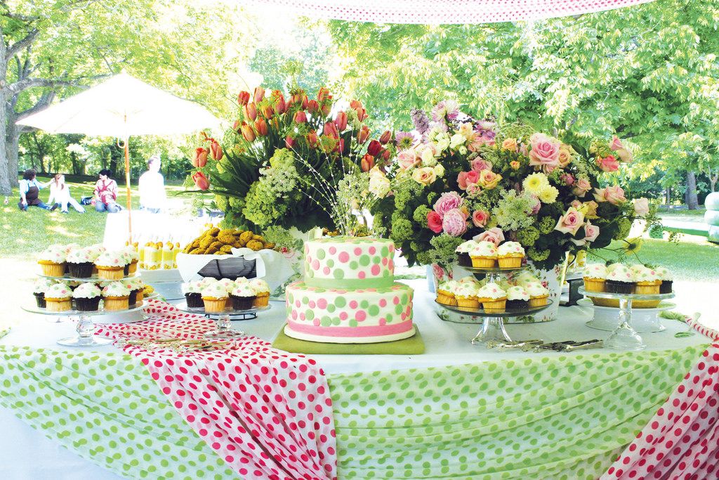 Dawnsboutique 7 gorgeous backyard ideas you can create for Decoration jardin soiree