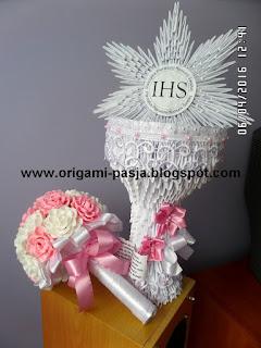 Komplet komunijny dla dziewczynki - kielich origami, bukiet krepa włoska.