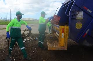 Cerca de 1,4 mil donos de terrenos são notificados por acúmulo de lixo