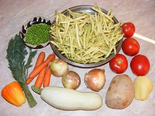 legume, fasole fideluta, cartofi, mazare, morcovi, rosii, ceapa, dovlecei, ardei, marar, retete culinare,