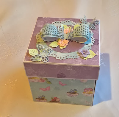exploding box urodziny dziewczynki