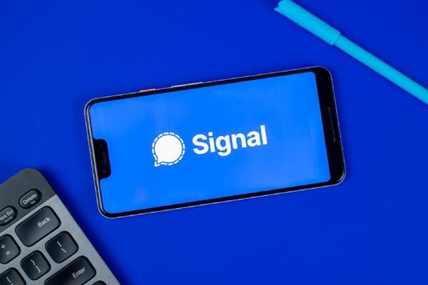 Setelah Offline Seharian, Aplikasi Signal Beroprasi Kembali