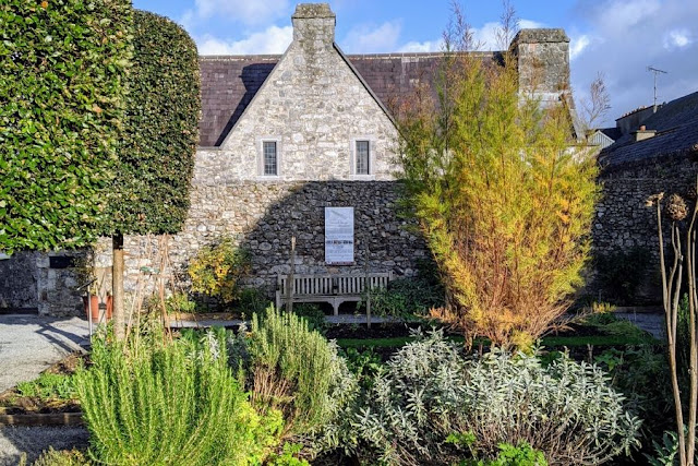 Things to do in Kilkenny: Rothe House Medieval Gardens