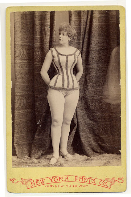 Burlesque dancers of the 1890s randommusings.filminspector.com